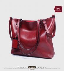 new European and American fashion tote bag, Retro Leather, large capacity single shoulder handbag. Claret one