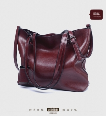 new European and American fashion tote bag, Retro Leather, large capacity single shoulder handbag. Coffee one