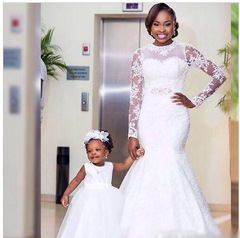 Fashion Mermaid Lace Wedding Dresses Long Sleeve Trail Wedding Gown Bridal Dress Gown 2 white