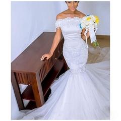 Fashion Mermaid Lace Wedding Dresses Sexy Off Shoulder Trail Wedding Gown Bridal Dress Gown 2 white