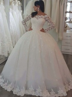 2019 Africa Newest Lace Wedding Dresses Sexy Off Shoulder Long Sleeve Bride Dresses Gown 2 white