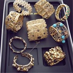 Fortune Spree (random necklace earrings ring bracelet and other accessories) random random