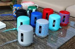 Bluetooth Sound Wireless Bass Call Outdoor Portable Card Fashion Gift Mini Sound black