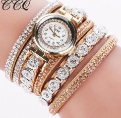 Fashion Luxury Women Rhinestone Bracelet Watches Ladies Quartz Watch Casual Women Wristwatches Clock beige