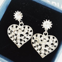 Floriane New Women Noble Luxurious Vintage Rhinestone Heart-Shape Jewelry Earrings see pictures see information below