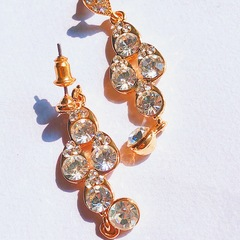 Floriane New Flash  Drill Vintage  India Court Style Hollow Out  Two Colour Earring golden see information below