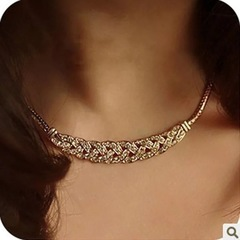 Floriane Woman New Retro Noble Wheat Full Diamond Sweater Chain Necklace Golden H001 golden one size