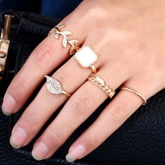 Floriane New  Woman Fashion Polyumorphic Jelly Resin 5 Pcs/Set Rings H014 golden one size