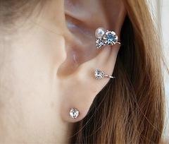 Floriane Woman Stylish Unilateral Shining Diamond Pearl Studs Earring Set I002 normal one size