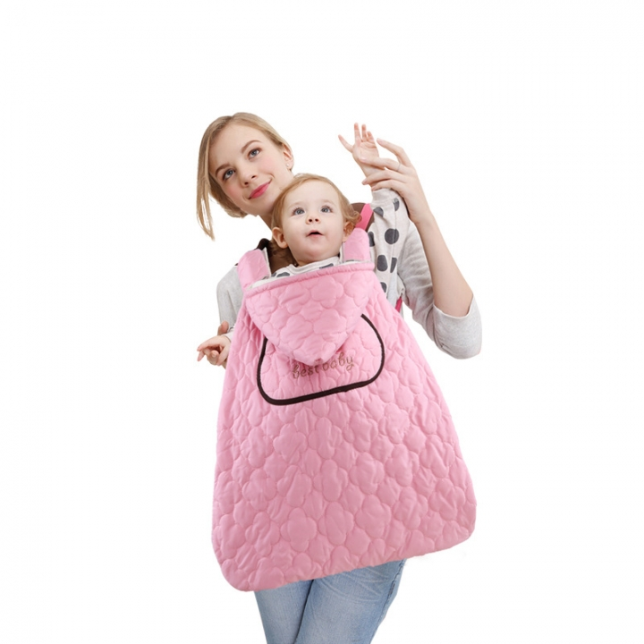 The baby goes out with a cloak to keep warm baby carriers baby clothes  duvet pink 66*64cm