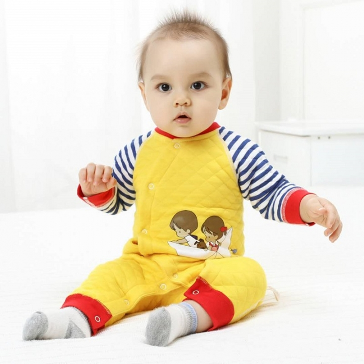 c996f412912 Baby onesies fall and winter wear thick warm baby clothes climbing clothes  newborn clothes yellow 73