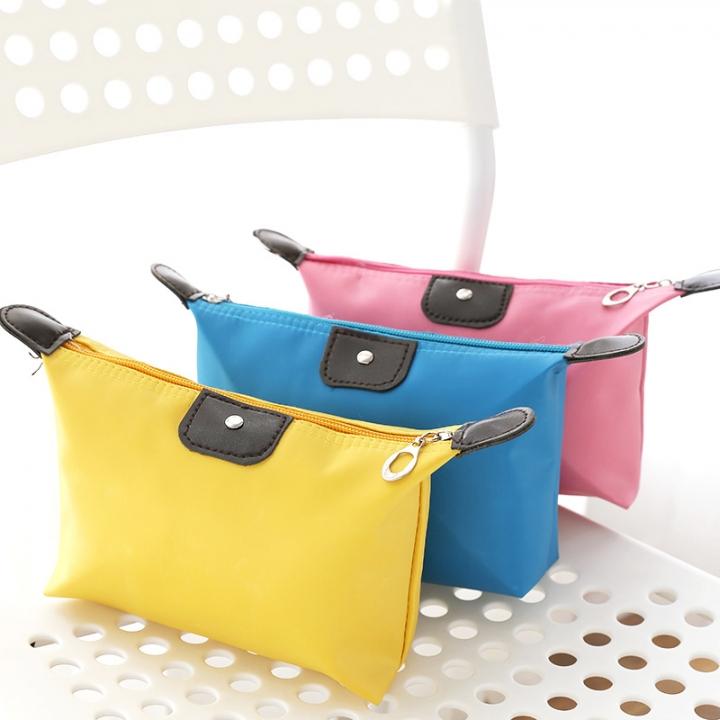 Handbags Cosmetic Bag Portable Travel Makeup Bag waterproof High capacity Women's gift Yellow 17.5*16cm