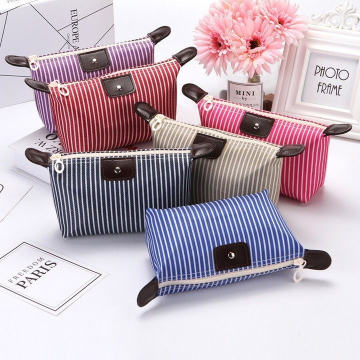 MIBO Striped Dumplings Make-up Bag Folding Waterproof Cosmetic Bag Lady Travel Bath Bag Valentine red