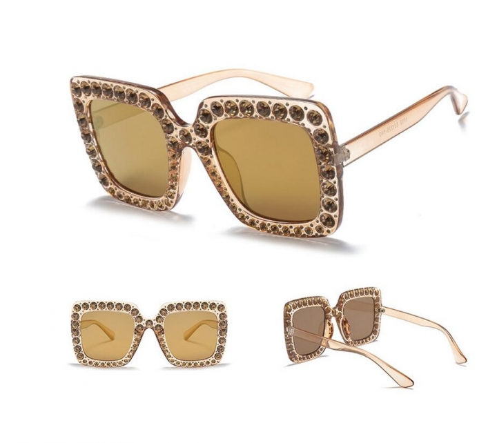 f71ad39afa4c Luxury Ladies Oversized Square Sunglasses Women Bling Frame Cat Eye Glasses  2018 No.2 one