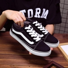 Male and female canvas shoes The couple shoes student board shoes sports shoes white shoes black 36