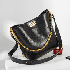 MONDAY Diamond Lattice Bucket Bag Women's Vintage Shoulder Bag Luxury Handbag Chain Bag black 20*13*8cm