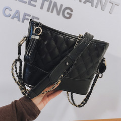 MONDAY Fashion Small Chain Bag Women's Shoulder Bag Diamond Lattice Crossbody Bag black 24*16*8cm