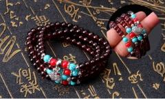 Stylish ladies Chinese style garnet pendant bracelet one size one size