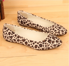 New one-shoe women's style shoes with high heels and pointed toes Snow White 35