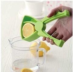 BOSA New Lemon Juice Citrus Presser Hand Fruit Funnel Fruit Press green one size
