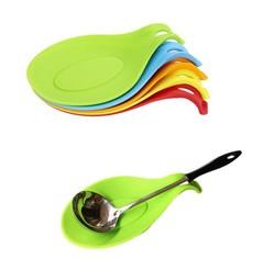 BOSA Silicone Spoon Pad High Temperature Resistant Spoon Pad Spoon Holder Tool random color 9*19cm