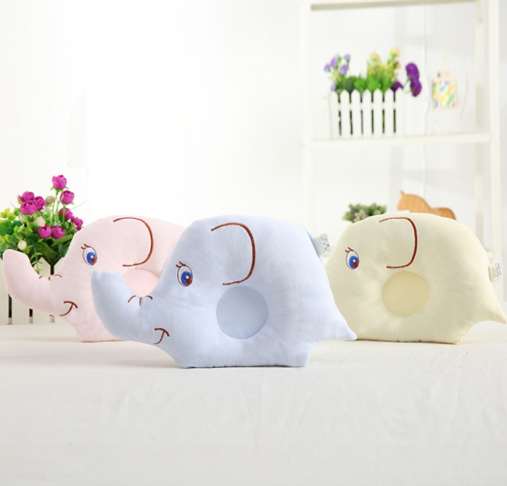 Local Fast Shipping Super Soft Baby Pillow Lovely Elephant  Shape Cotton Infant Protective Pillow Random Color 18*24cm