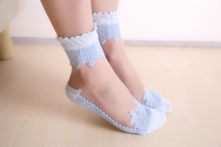 3b2aa140b 5 Pairs Women Transparent Beautiful Crystal Lace Elastic Short Thin Socks  Ladies Antiskid Socks blue 5