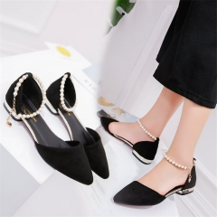 Spring and Summer New Pointed Flat-soled Sandals Low-heeled Hollow Women's Shoes Size Sandals black 35