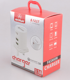 Amaya High Quality Round 3 USB 3.1A Fast Safety Charger white one size