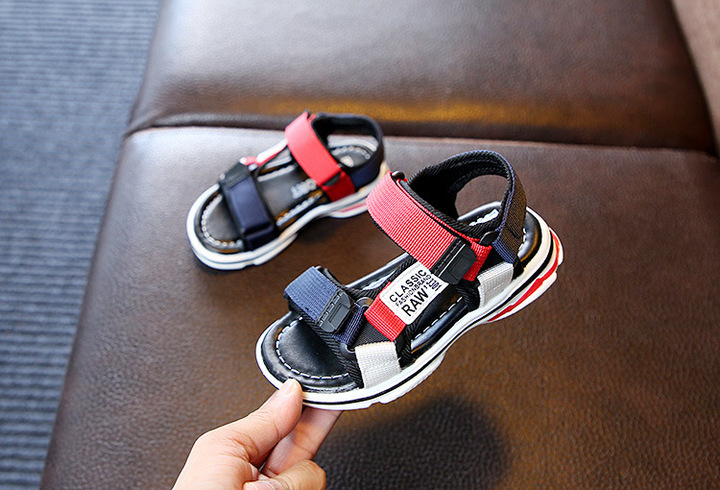 WOW STORE Fashion Light Soft Sole Shoes Non-slip Boys Children Beach Shoes Kids Sandals red 26