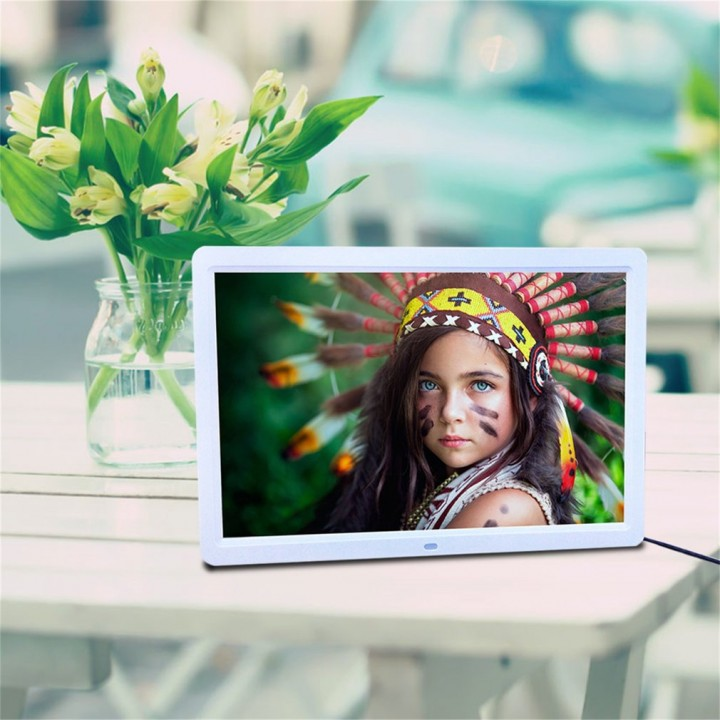 15inch LED HD High Resolution Digital Picture Photo Frame + Remote Controller
