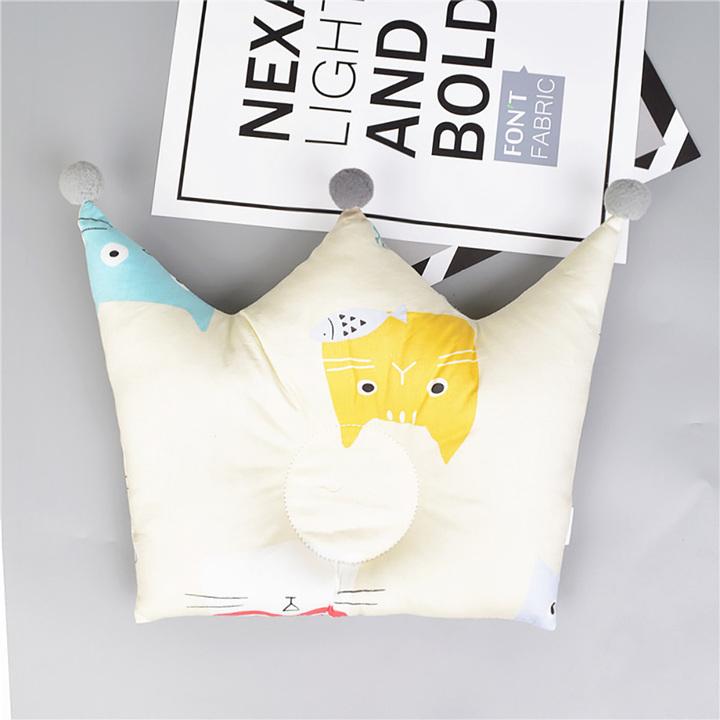 Crown cartoon children's room decoration baby sleep locator support pillow cushion B one size