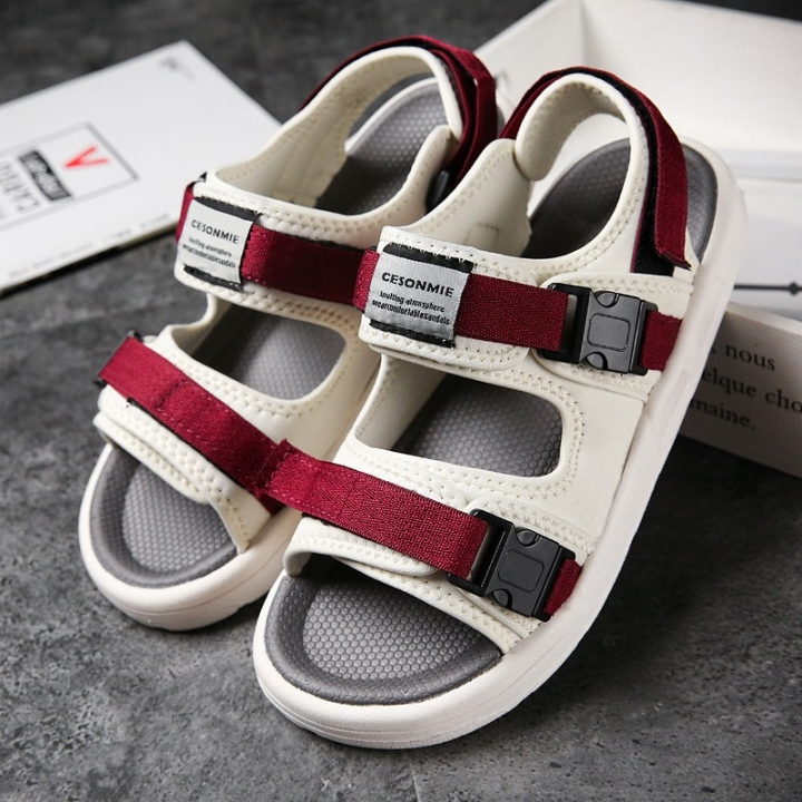 5660c70c928c 2018 New Men s Genuine Leather Sandals Hiking Shoes Summer Casual Beach  Sandals Wading Shoes red 42