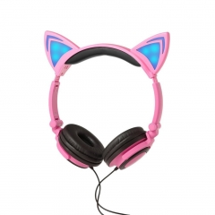 Cartoon Cat Ear Shape Headphone with Glowing Lights Wired Headband for Children