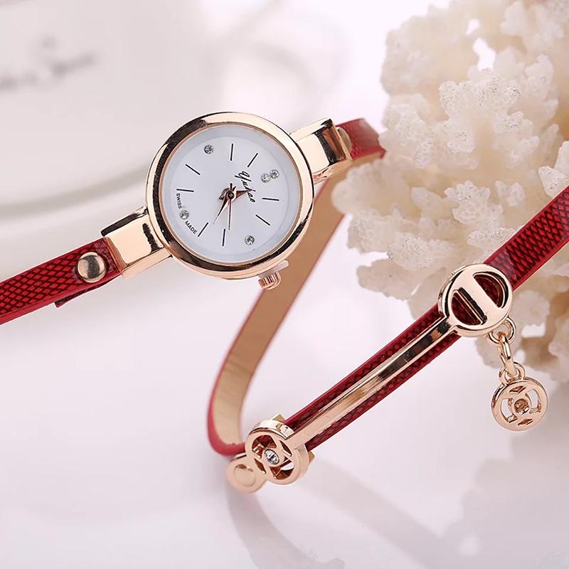 2018 Women watches luxury Analog Alloy Quartz Watch PU Leather Bracelet Watches white 4