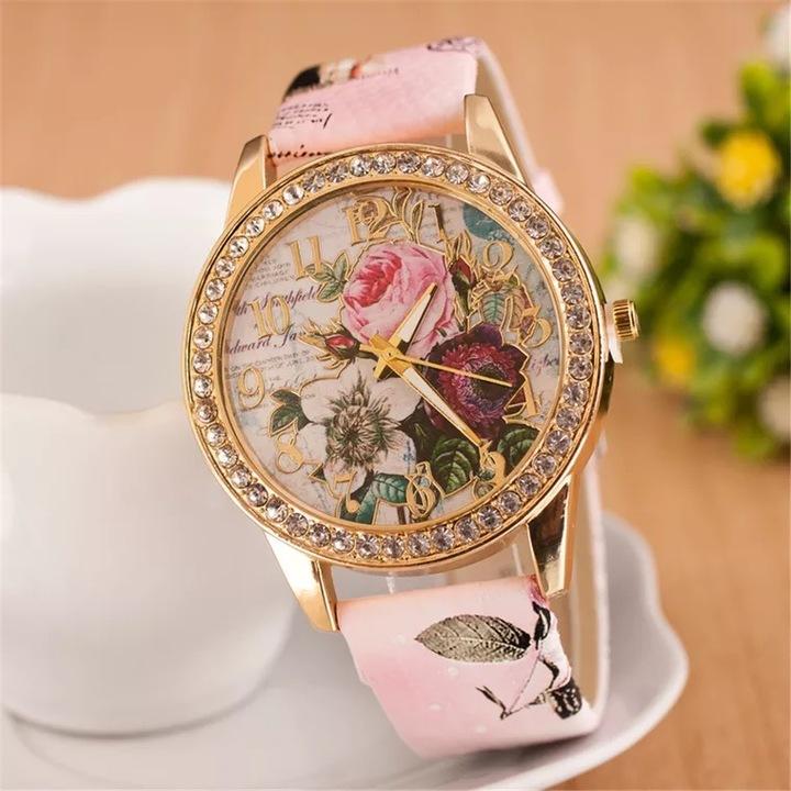 2019 Women Watches Rose Bohemian Wind Diamond Fashion Women's Quartz Watch Pink 24cm
