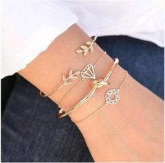 New Retro Leaves Openwork Diamond Girls women Ladies Bracelet Set as picture normal