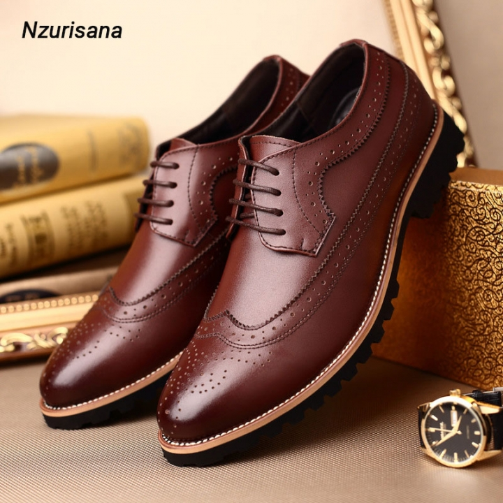 2018 Vintage Leather Men Dress Shoes Business Formal Brogue Pointed Toe Carved Oxfords Wedding Shoes brown 39 leather