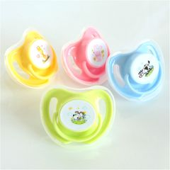1Pcs Orthodontics Pacifiers Baby Animals Printing Safe Food Grade Silicone Round Nipples Pacifiers random style as picture