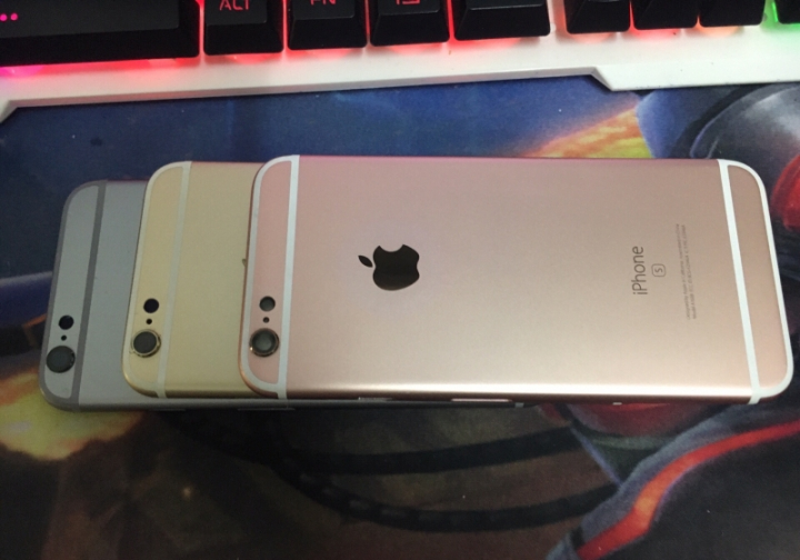 iPhone 6S -128GB+2GB -12 MP+5MP- 4.7 Inch+4G network silver almost new Certified smart phone rose gold 128g