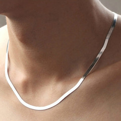 Silver plated temperament necklace for men and women fashion short clavicle flat snake bone chain White gold 45CM