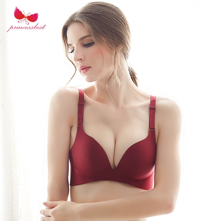 2018 one piece no trace no steel ring sexy gather bra underwear woman big  red. 6ccf2040960a