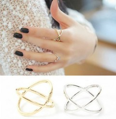 2018 New Arrivals Hot Fashion women's ring Gold Color And Silver Plated X Cross Stereo Surround gold one size