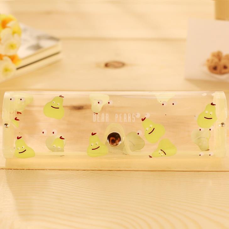 1pcs Cartoon Animals Transparent Plastic Eye Glasses Protector Case With Metal Button Sunglasses Box Fruit Animal Pencil Case Pencil Cases