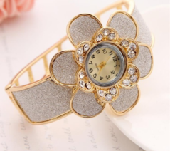 Big Flower Design Watch Bangle For Women Gold Plated Hollow Wrist Cuff Bracelet gold one size