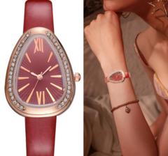 Luxury Snake Shape Women Watch Ladies Retro Roman Scale Crystal Quartz Watches black one size