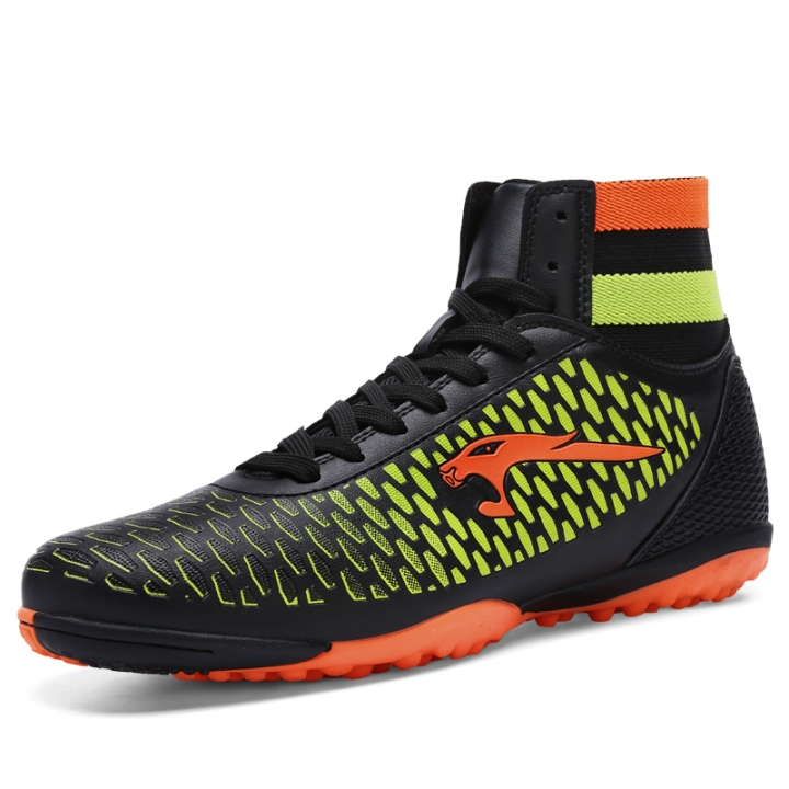 db3c30e3b Kids Men Training Assassin Football Boots Women Non-slip Nail Soccer Shoes  Breathable Sport Shoes