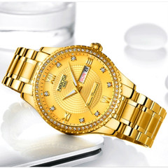 2018 New Mens Watches Top Luxury Brand Watch Men Fashion Male Hours Business Quartz Watch gold one size