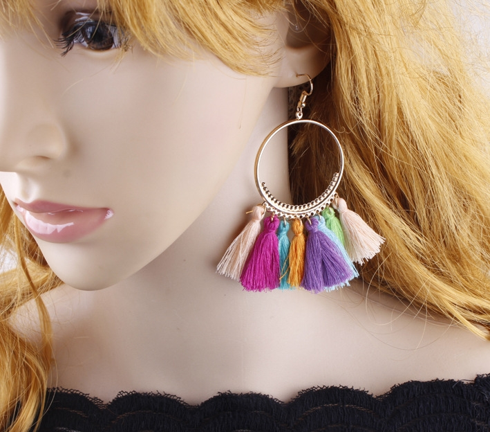 Hot selling in westen ! 2018 Tassel earrings   Long Hanging fringe Earloop colours Length :10cm