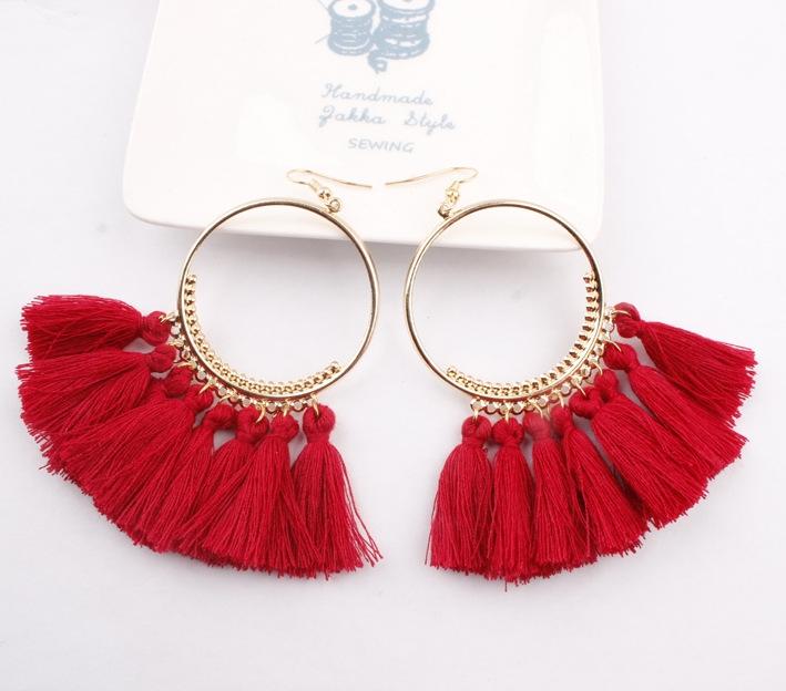 Hot selling in westen ! 2018 Tassel earrings   Long Hanging fringe Earloop red Length :10cm